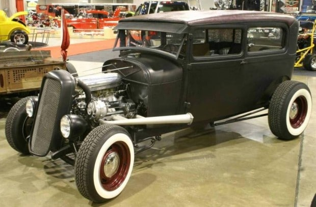 1929-ford-model-a-rat-rod-sedan-09655