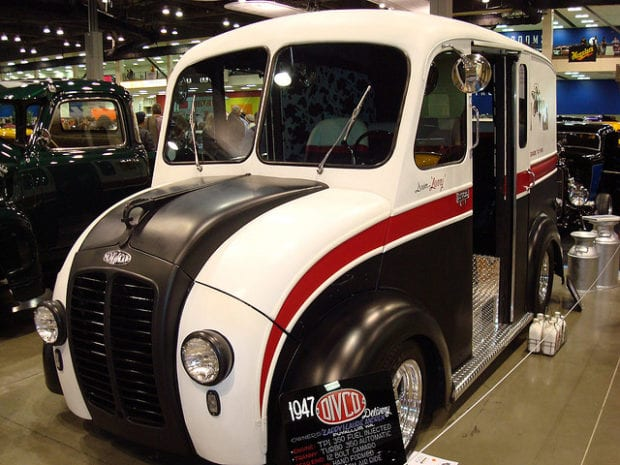 1970 Chevy Pickup >> 1947 Divco Milk Truck | Amazing Classic Cars