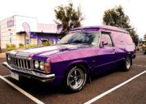 1976 Holden HX Sandman Van