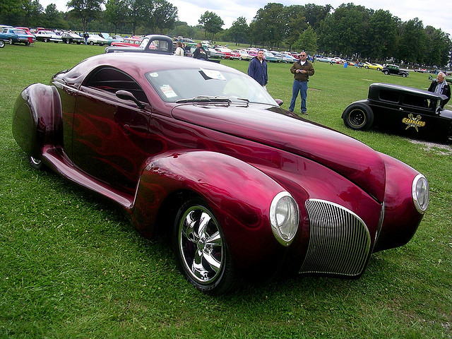 1939 Lincoln Zephyr luxury car