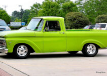 Bright Green | Pickup Truck