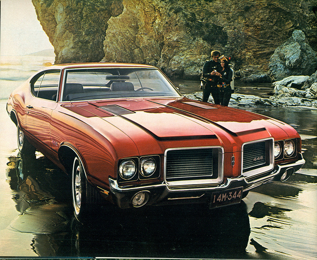 1972 Oldsmobile 442 muscle car