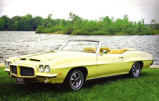 1971 Pontiac GTO muscle car