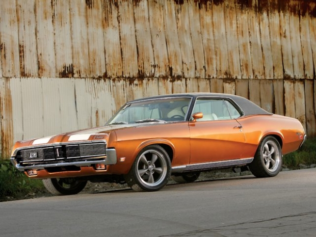 1969 Mercury Cougar muscle car