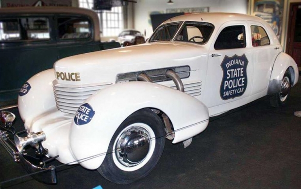 1937 Cord 812 Coupe police car