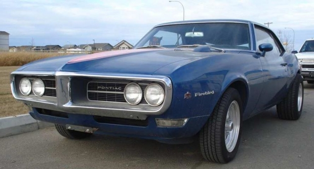 1968 Pontiac Firebird muscle car