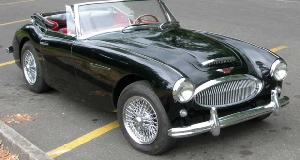 1963 Austin-Healey 3000MK sports car