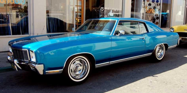 1971 Chevy Monte Carlo muscle car