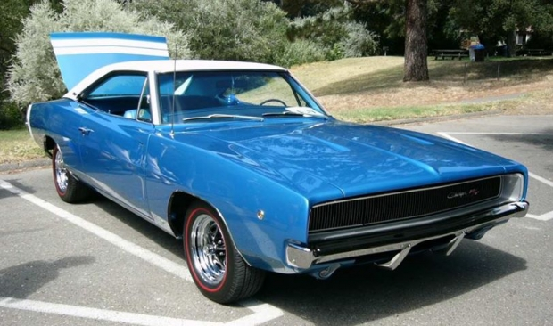 1968 Dodge Charger RT muscle car