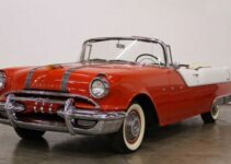 1955 Pontiac Star Chief Convertible