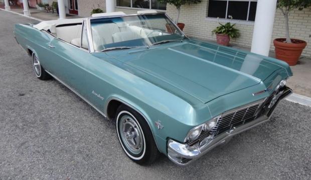 1965 Chevrolet Impala V-8 Convertible