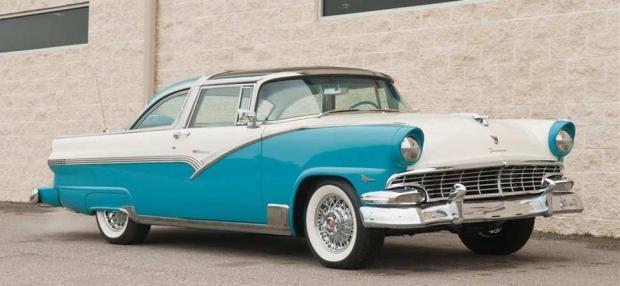 1956 Ford Crown Victoria Skyliner old car