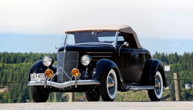 1936 Ford V8 Deluxe Roadster