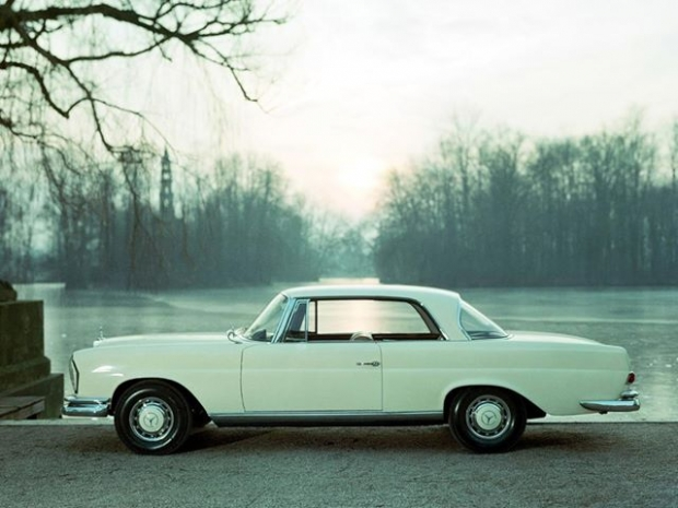1961 Mercedes-Benz 220 SE Coupe (W111)