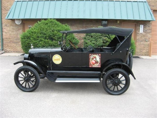 1923 Willys Overland Jeepster