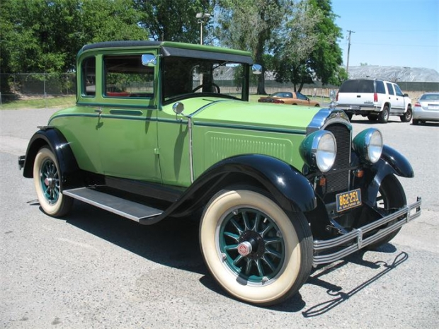 1928 Willys Knight