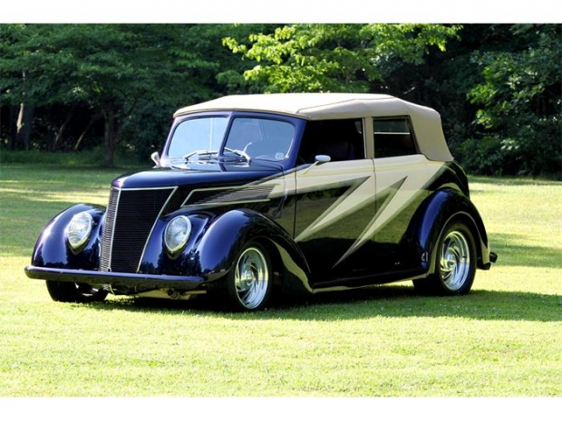 1937 Ford Street Rod hot rod