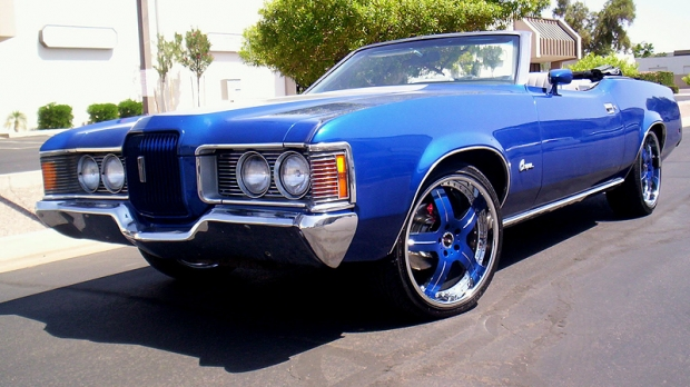 1972 Mercury Cougar muscle car