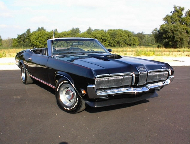 1970 Mercury Cougar muscle car