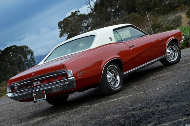 1969 Mercury Cougar muscle car