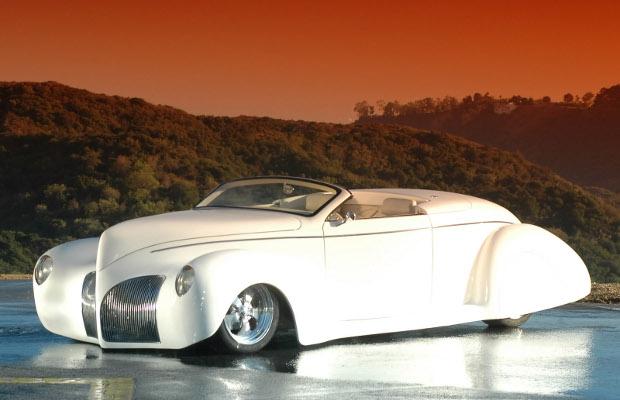 Deco Rides Zephyr old car