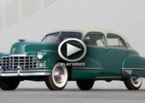 Classic cars galore at American Graffiti Parade 2007 – Video
