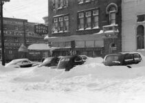 Old Cars in a Snowstorm |Vintage Cars
