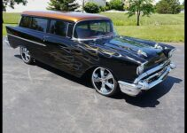 1957 Chevrolet Sedan Delivery | Old Car