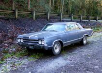 1965 Oldsmobile Cutlass | Old Car