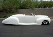 1939 Custom Lincoln | Old Car