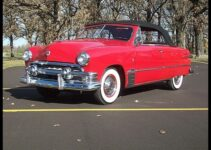 1951 Ford Custom Deluxe | Convertible Old Car