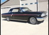 1964 Ford Fairlane 500 | Muscle Car