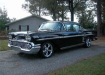 1958 Chevy Impala Custom | Old Car