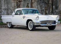 1957 Ford Thunderbird | Old Car