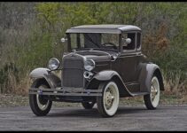 1930 Ford Model A Coupe | Antique Car