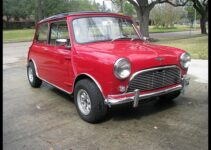 1964 Austin Mini Cooper S | Old Car