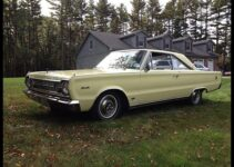 1966 Plymouth Hemi Satellite | Hardtop
