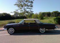 1961 Buick LeSabre | Old Car