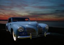 Lincoln Continental | Old Car