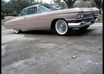 1959 Cadillac Coupe Deville | Old Car